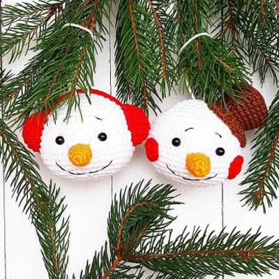 Amigurumi snowman Christmas ornaments (free crochet patterns)