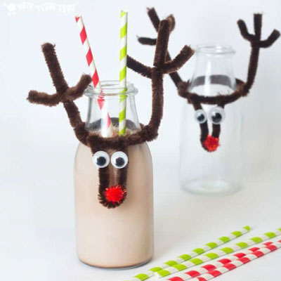 DIY Pipe cleaner Rudolph reindeer bottle topper - Christmas party craft