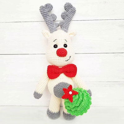 Amigurumi reindeer & Christmas tree (free crochet patterns)