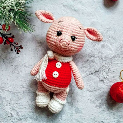 Little amigurumi pig with movable joints (free crochet pattern)