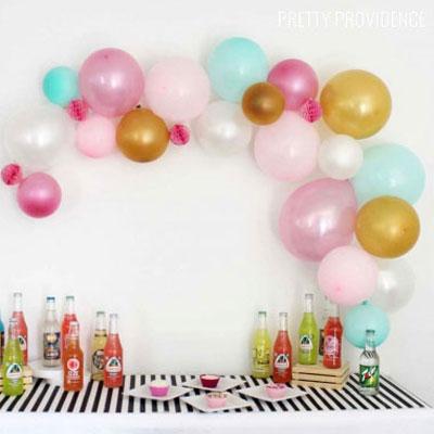 DIY Balloon garland - quick party decor