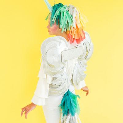 Quick and easy DIY unicorn costume (last minute, no-sew costume)