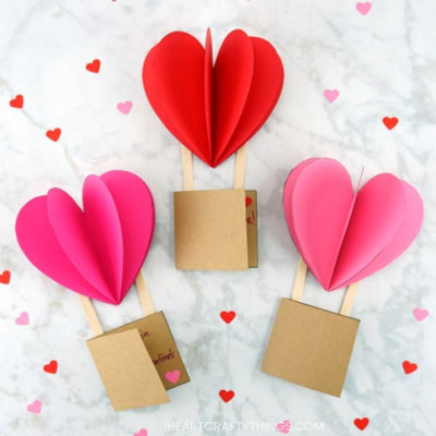 DIY Heart shape hot air balloon Valentine card - Valentine's day craft for kids