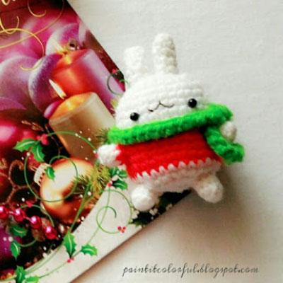 Molang bunny - amigurumi bunny ornament (free crochet pattern)
