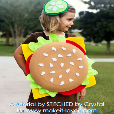 DIY Hamburger costume (no-sew costume)