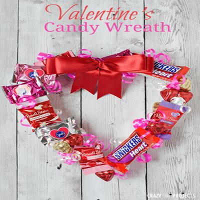 DIY Valentine's candy wreath - Valentine's day gift idea