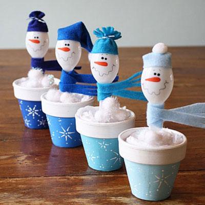 Plastic spoon snowmen - cute christmas decoration