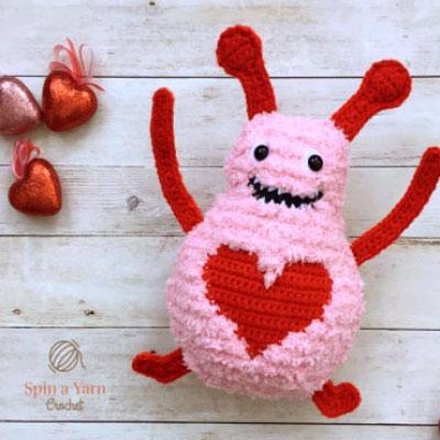 Fuzzy love monster ragdoll - free crochet pattern