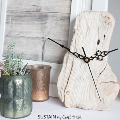 DIY Driftwood clock - rustic home decor