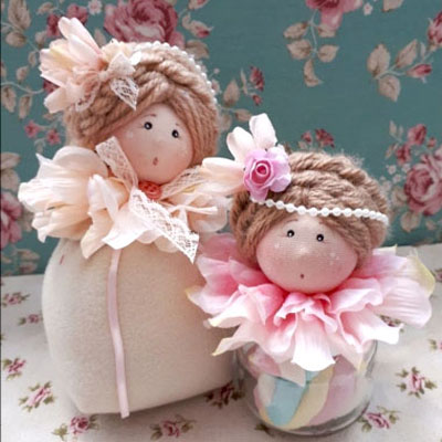 DIY Fabric flower dolls - adorable spring decoration (video tutorial)