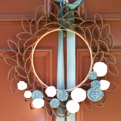 DIY Toilet paper roll spring wreath with fabric rosettes