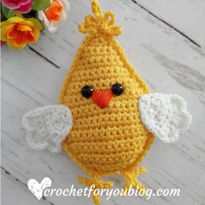 Little crochet Easter chick (free crochet pattern)