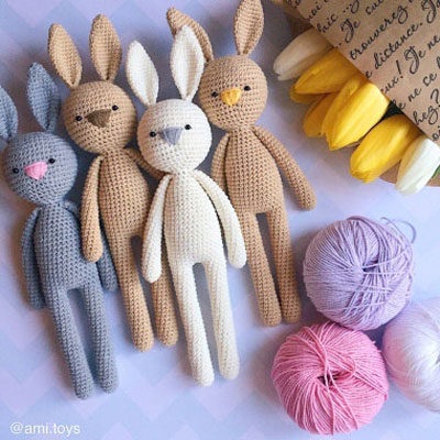 Long-legged amigurumi rabbit (free crochet pattern)