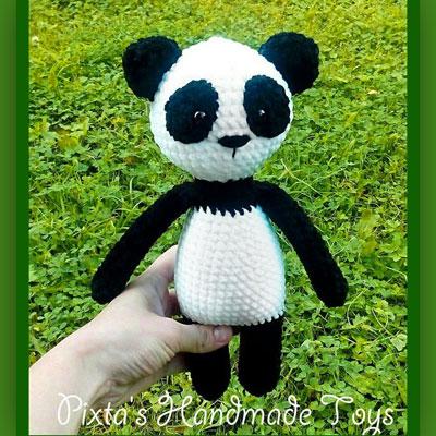 Soft amigurumi panda (free crochet pattern)