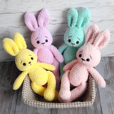 Crochet Easter Bunny Garland - Free Pattern - Sew Historically | 400x400