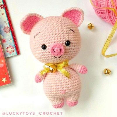 Little amigurumi pig (free crochet pattern)
