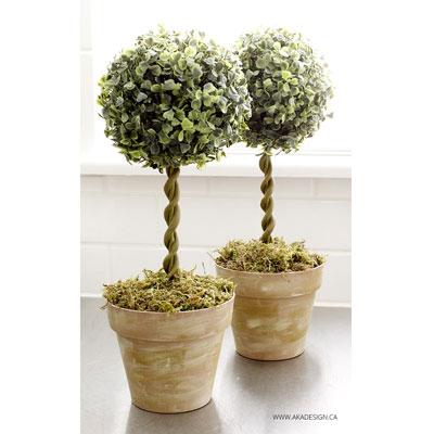 DIY Faux boxwood topiary trees - garden decor