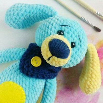 Soft blue amigurumi dog (free crochet pattern)