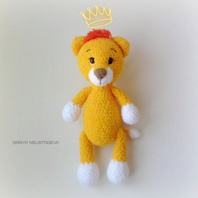 Free Crochet Lion Pattern - thefriendlyredfox.com | 400x400