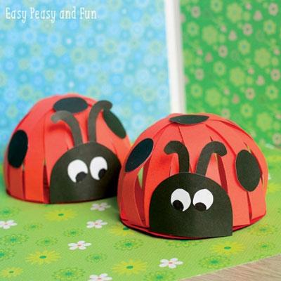 Easy DIY Paper ladybug - fun spring craft for kids