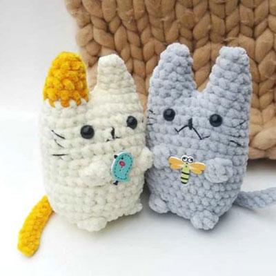 Little kawaii amigurumi cat (free crochet pattern & video tutorial)