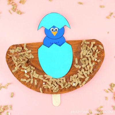 DIY Paper plate bird puppet - fun spring craft for kids