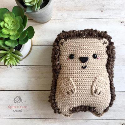 Amigurumi ragdoll hedgehog plushie - free crochet pattern