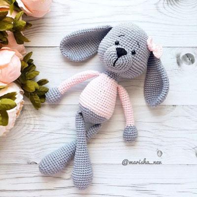 Amigurumi dog in pink sweater (free crochet pattern)