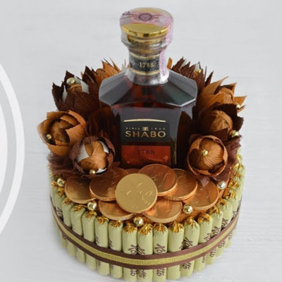 DIY Chocolate bonbon and liquor cake (bonbon bouquet)