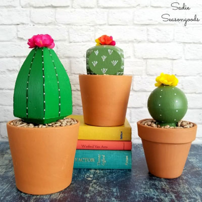 DIY Deck post cap faux cactus - summer decor (upcycling craft)
