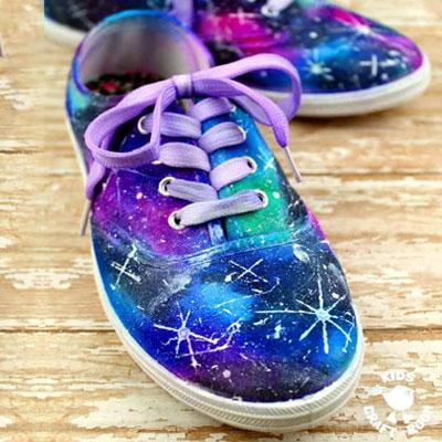 DIY Galaxy shoes - fun Sharpie craft