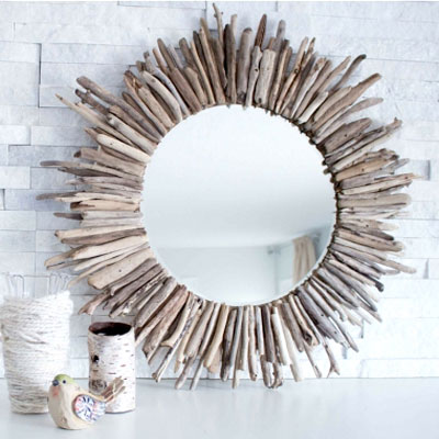 DIY Sunburst driftwood mirror - summer home decor