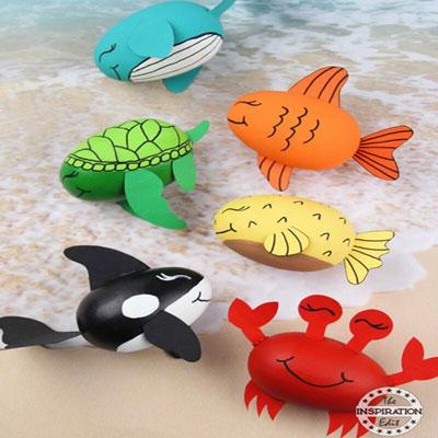 DIY Wooden egg ocean craft - summer craft for kids