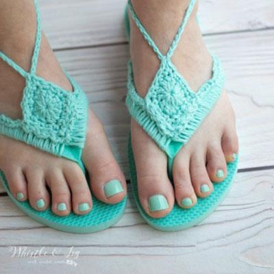 DIY Boho crochet sandals from flip flops (free crochet pattern)