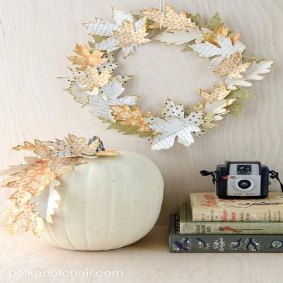 DIY Paper leaf autumn wreath - simple frugal fall decor