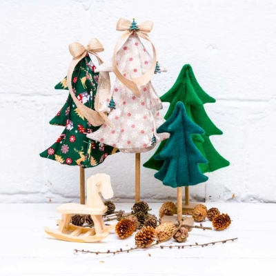 DIY Fabric Christmas tree ( free sewing pattern & tutorial )