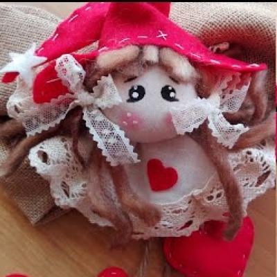 Adorable DIY Christmas elf girl ornament (video tutorial)