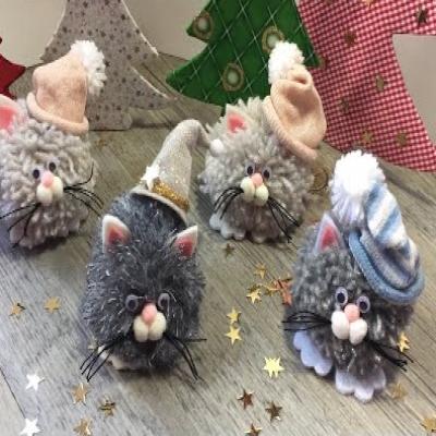 DIY Pom-pom Christmas cat ornament - fun Christmas craft for kids