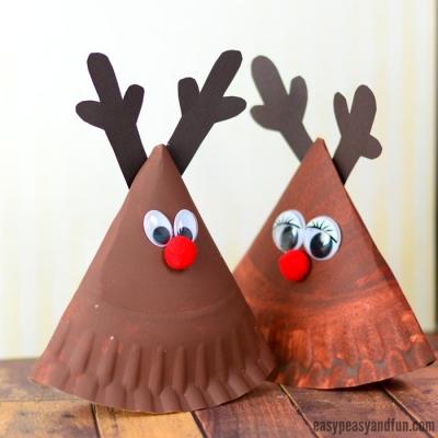 Rocking paper plate reindeer - fun Christmas craft for kids