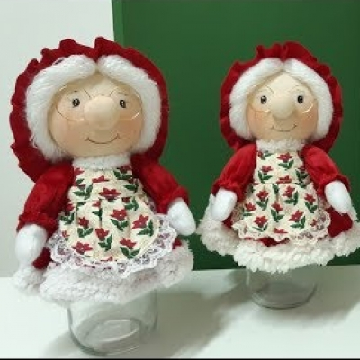 DIY Mason jar Mrs. Santa doll - Christmas gift wrapping idea
