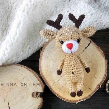 Adorable tiny reindeer (free amigurumi pattern)