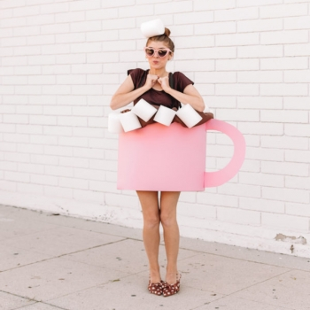 DIY Hot chocolate costume ( simple DIY halloween costume )