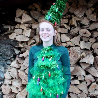 DIY Christmas tree sweater with lights - funny Christmas party outfit