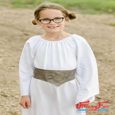 DIY Princess Leia costume - free pattern & sewing tutorial