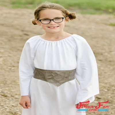 DIY Princess Leia costume - free pattern & sewing tutorial