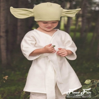 DIY Yoda costume ( free pattern and sewing tutorial )
