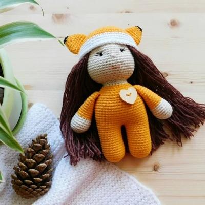 Amigurumi doll in fox costume (free amigurumi pattern)