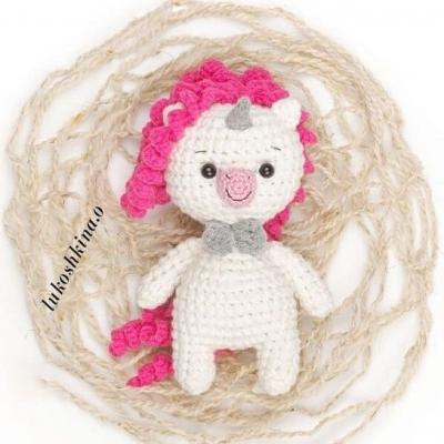 Little amigurumi unicorn ( free amigurumi pattern )