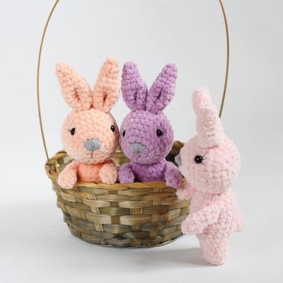 Little soft amigurumi bunny (free amigurumi pattern)