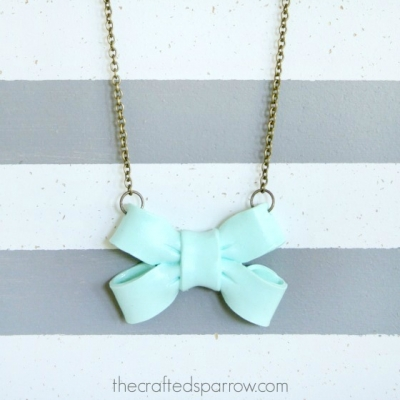 DIY Giant bow necklace - polimer clay jewelry making for beginners